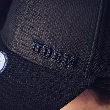 Gorra UDEM College New Era 39THIRTY