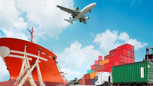 Estratégico en Aduanas, Comercio y Logística Internacional