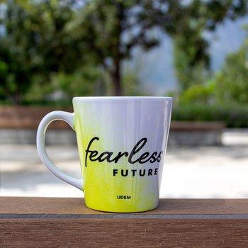 Taza Fearless Future