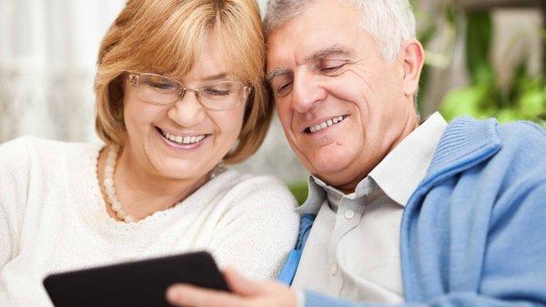 Manejo de herramientas y normas digitales para adultos